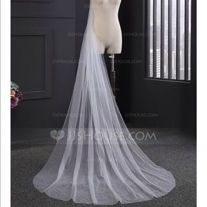 Accessories - One-tier Cut Edge Cathedral Bridal Veil